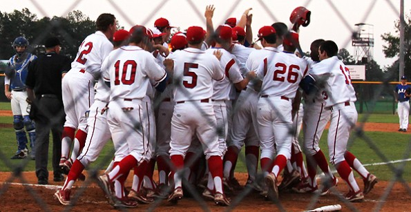 Tomball baseball makes history