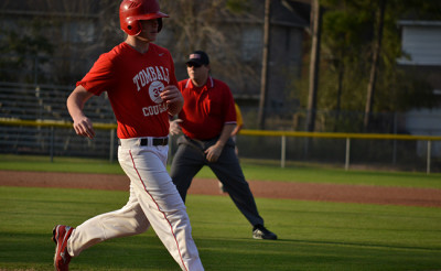 Baseball wins first district game, high expectations for season