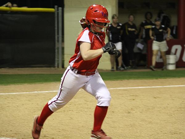 Softball wraps up season