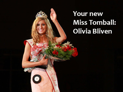 Olivia Bliven crowned Miss Tomball 2013