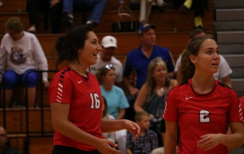 Cougar volleyball dominates Waller