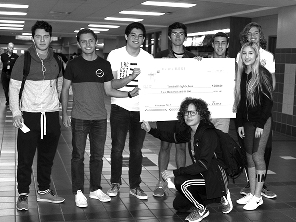 Green Teen, an organization dedicated to volunteer efforts, donates $200 to Student Council. Members of the group who helped raise the money include Cesar Tellez, Julio Rodriguez, Roberto Palazvelos, Andre Deveze, Gustavo Deveze, Ricardo Padron, Maximiliano Mariscal, Edgar Arellano.