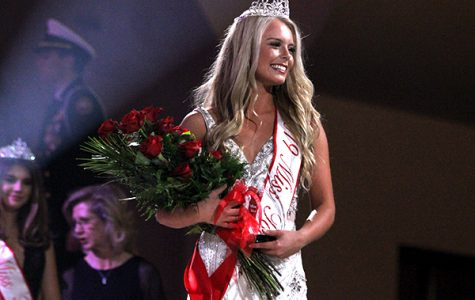 Presley Babb crowned Miss Tomball 2019