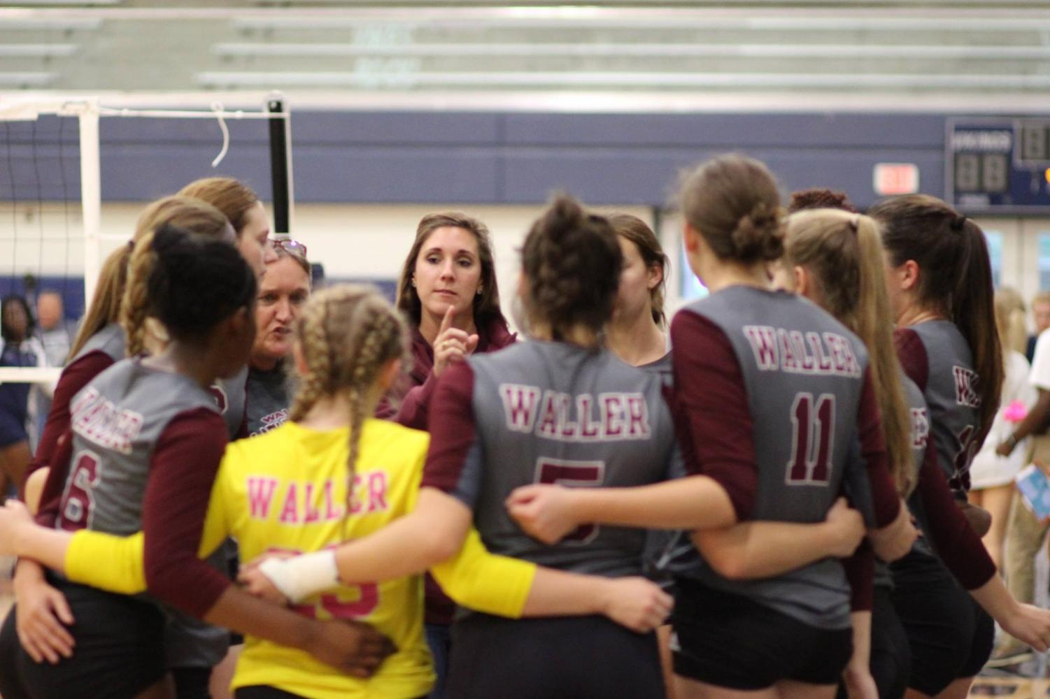 Coach Jordan Williams directs the Waller Bulldogs during the past volleyball season.