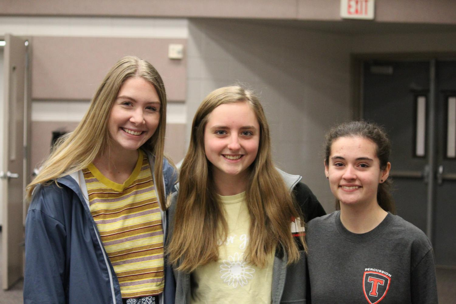 Leilani Foreman (left), Summer Bruner, Payton Icard (right) earned spots on the 6A Band.