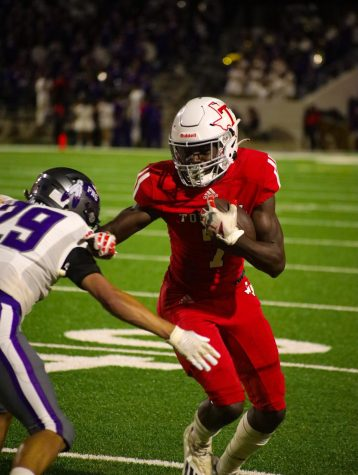 The Cougars defeated Port Neches Groves Friday night to extend their win streak to 3.