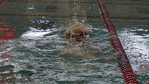 Swim and dive team fundraiser on Saturday